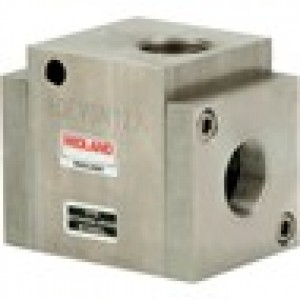 MIDLAND ACS MODEL 4500 - STAINLESS STEEL SHUTTLE VALVE